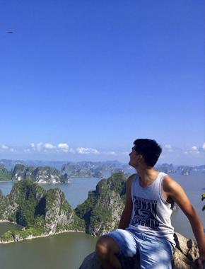Из северного Сургута — в северный Вьетнам